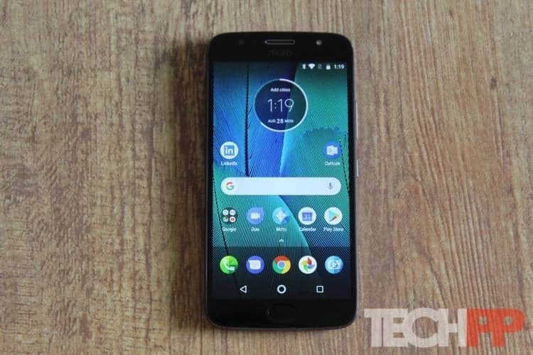 moto g5s plus review 3