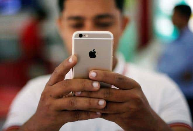Indian Government Increases Mobile Phone Custom Duty to 20 Percent