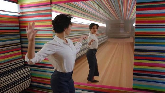 [Tech Ad-Ons] Apple HomePod: Psychedelically Synchronised Song and Dance!