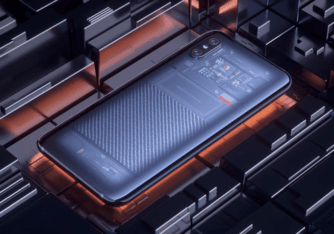 Images Showing the Fake Internals of the Mi8 Explorer Edition Surfaces Online