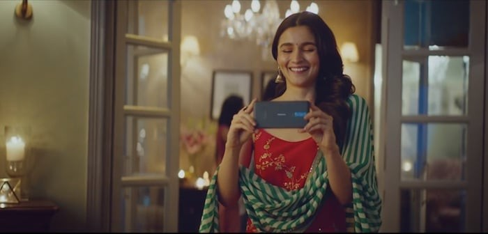 [Tech Ad-ons] Nokia Diwali ad: Bhatt seriously, this doesn't work