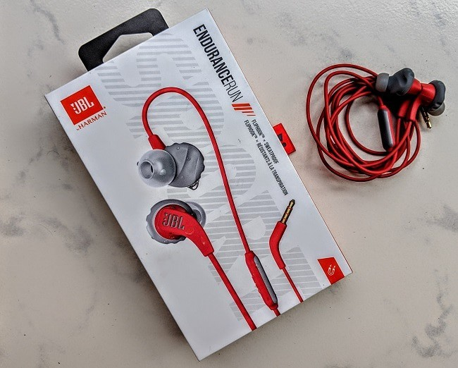 JBL Endurance Run Sports Earphones Review - Looks Unique, Sounds Mainstream