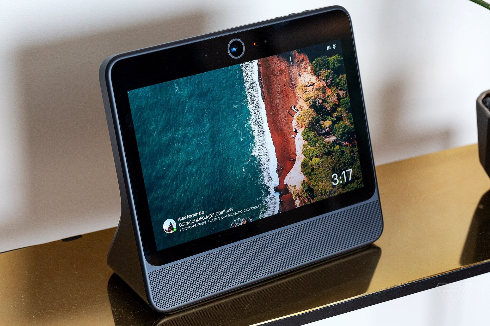 Facebook's New Portal Devices Will Let you Make Video Calls On a Large Display