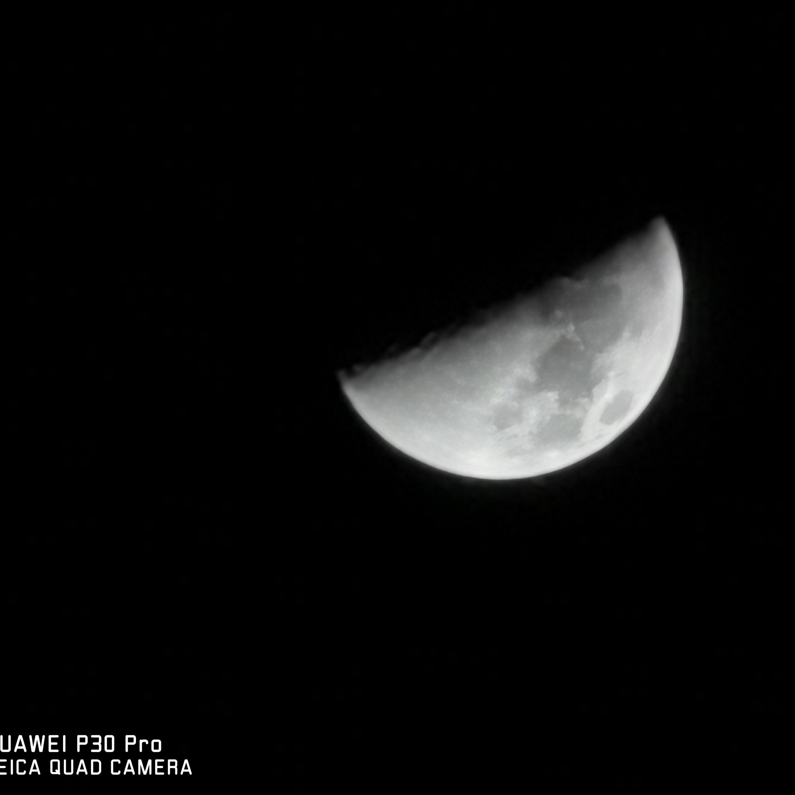How to: Shoot the Moon with a Huawei P30 Pro