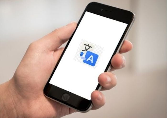 2 Ways to Easily Translate Webpages in Safari on iPhone and iPad