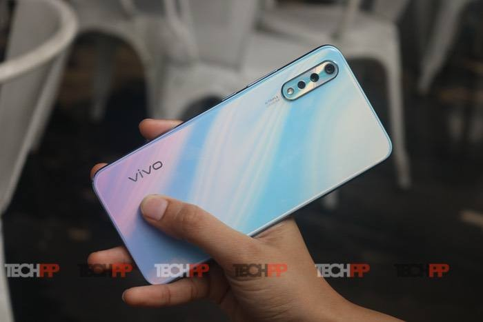Vivo S1 Review: It's got the looks, but needs more
