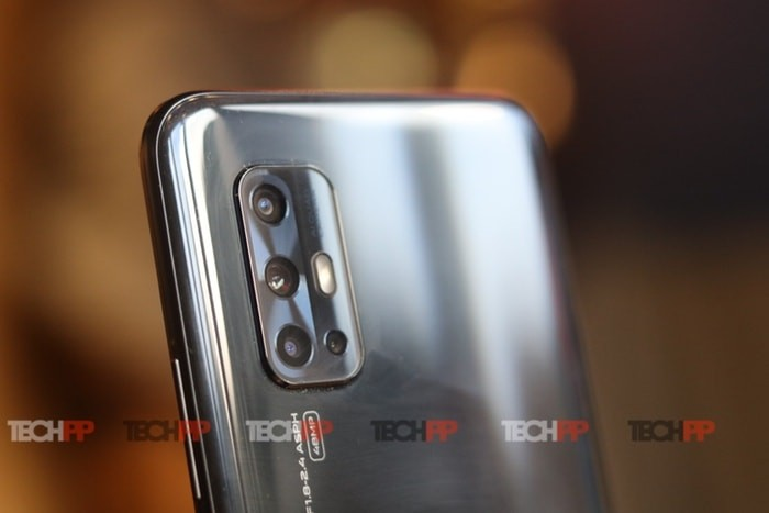 Vivo V17: Looking to punch holes rather than pop-up