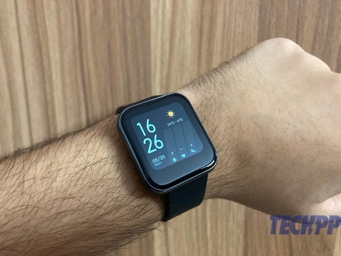 realme watch in hand