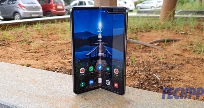 galaxy fold 1 review 4