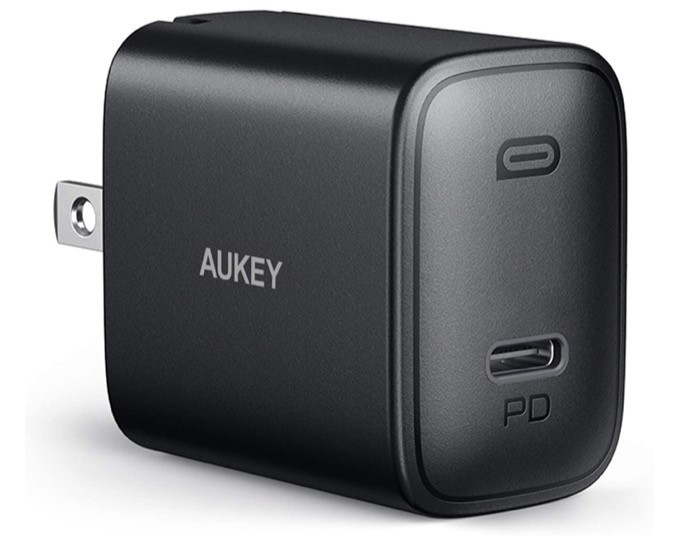 Aukey Swift (18W) iPhone Charger