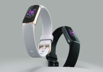 Fitbit's Luxe Seems Like a Smartwatch for Women (about time!)